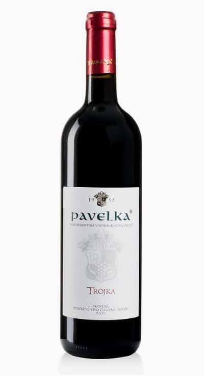 trojka akostne znackove vino cervene